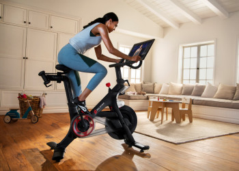Peloton-Bike-Lifestyle-04