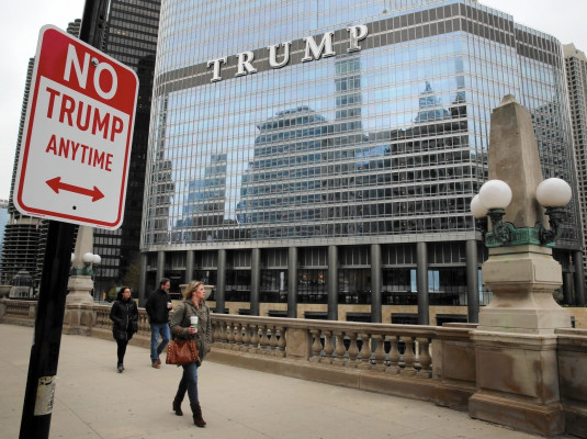 redeye-no-trump-signs-street-art-20160428