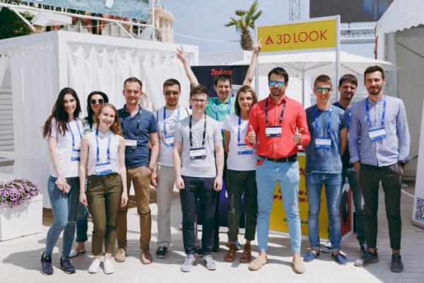0648a4a-mobile-beach-conference-rogovskyi