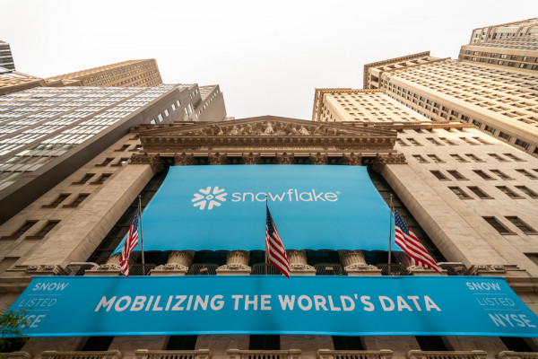 snowflake_IPO_shutterstock_rblfmr