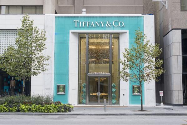 Tiffany-and-Co.-Torontos-TiffanyBloor-004-1440x961