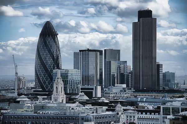 na-poklon-k-bankiram-v-londonskij-siti_2