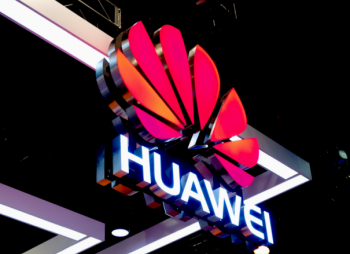 573218-huawei-logo-at-ces
