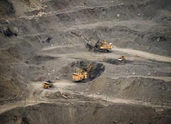 706-bellzone-mining-nachala-dobychu-zheleznoy-rudy-v-gvinee