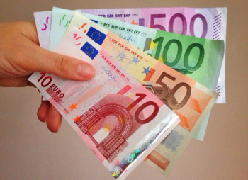 Украинцам разрешили инвестировать за рубеж до 100 тыс. евро в год