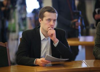 Алексей Порошенко стал акционером банка своего отца
