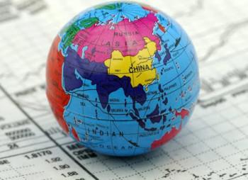 Bloomberg Economics: мировая экономика сократится, в лучшем случае, на 4%