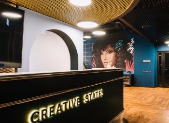 Илья Кенигштейн продал 25% Creative States советнику премьер-министра