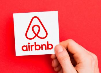 Airbnb снова привлек $1 млрд