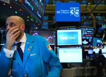 Американская нефть WTI потеряла 40%