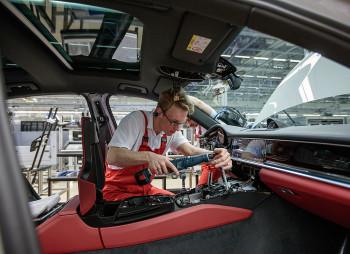 Porsche направит €10 млрд. на электрификацию своих моделей