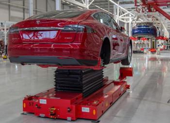 Tesla строит сборочный завод в Техасе