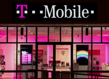 SoftBank Group продаст акции американского оператора T-Mobile на $20 млрд