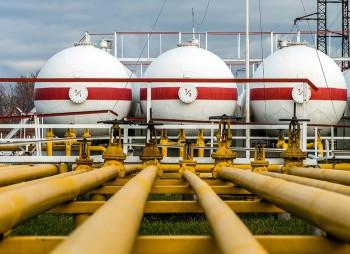 ПриватБанк продает нефтебазы со скидкой до 87%