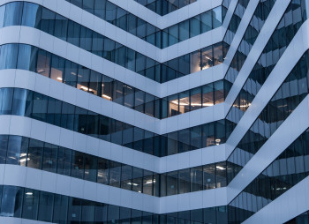 office-building-2297869_1280