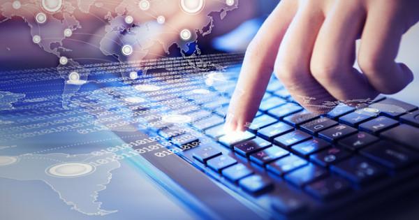 Разработчики, профессионалы по кибербезопасности и интернет продуктов — эти и остальные нужные IT-профессии 2021-2022 гг. в Украине и заграницей.