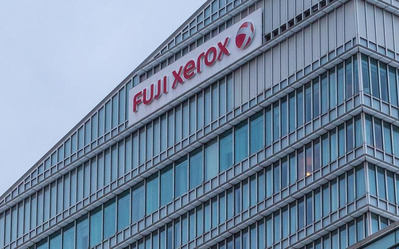 Они еще существуют. Fujifilm отказалась от покупки Xerox
